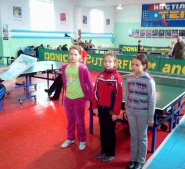 Даша Шабурова (в центре) впервые стала чемпионкой