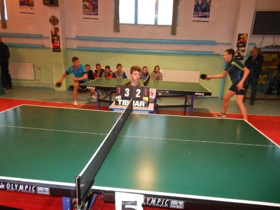 Красилов, судья по настольному теннису