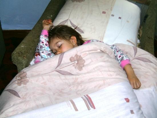 ...а также немножко поспать у теплой печки! ))