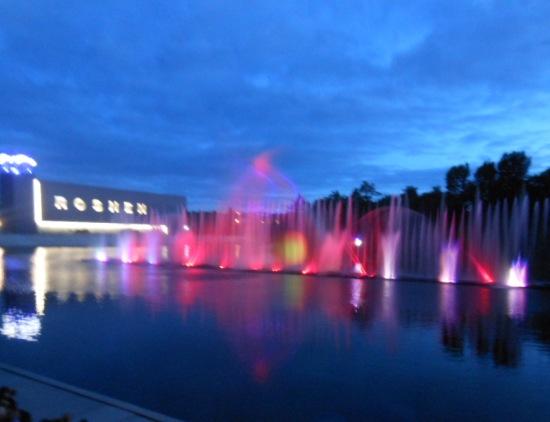 Цветомузыкальный фонтан в Виннице