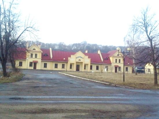 Железнодорожный вокзал в Жовкве