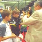 Награждаются золотые призеры