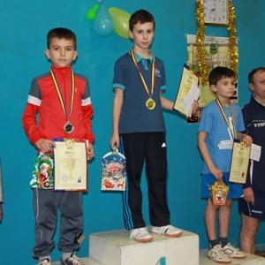 Turnir-po-nastolnomu-tennisu-v-Moldove
