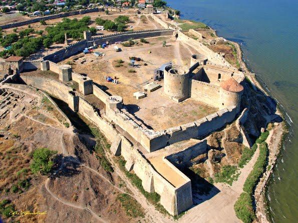 Крепость с высоты птичьего полета. 9 гектаров занимает это историческое сооружение
