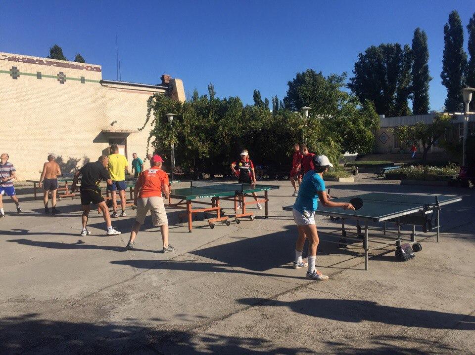 Открытая площадка для настольного тенниса